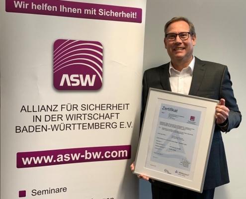 Andre Kunz erneuert AZAV-Zertifizierung für die ASW-BW